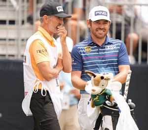 Oosthuizen banks R19 million, says he will keep 'knocking'