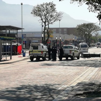 Protesters move to taxi rank