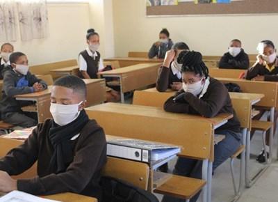 Matrieks en graad 7-leerders terug op skool