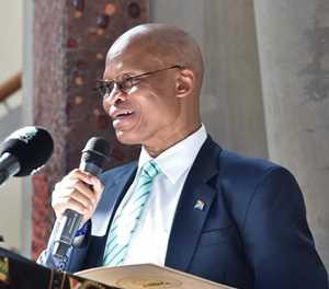 Mogoeng criticises media for 'biased' coverage