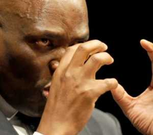 Hlaudi Motsoeneng says it is no secret he received R1.1 million from Bosasa
