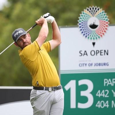Oosthuizen slips to 31st in world rankings