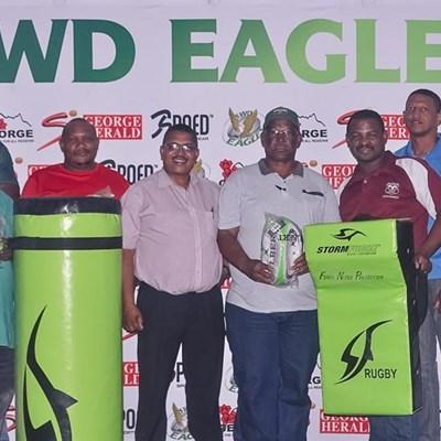 SWD help rugbyklubs met toerusting