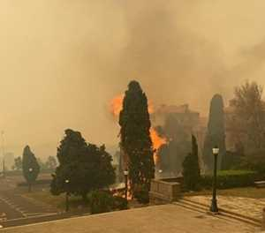 UCT students evacuated as fire spreads