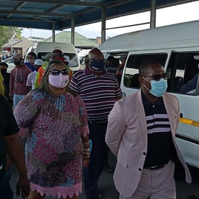 Taxi drivers urged to take responsibility
