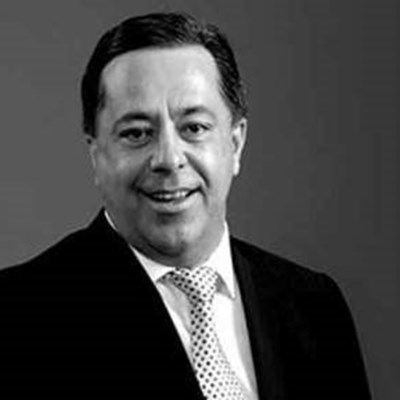 Moody's downgrades Steinhoff by 4 notches