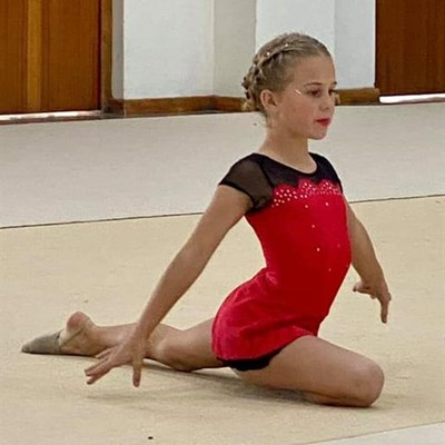 George-gimnaste skitter in Stilbaai