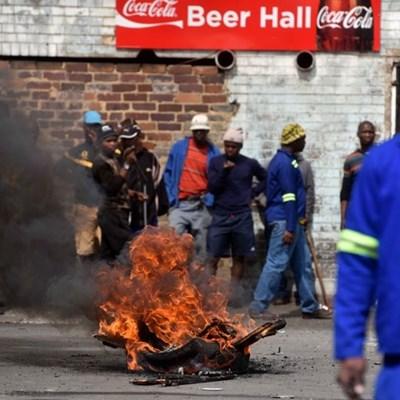 Xenophobic attacks shame SA as regional leaders meet