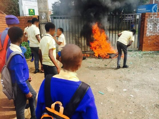 Understanding Shut Down Learners >> Angry Pupils Shut Down Their School Knysna Plett Herald