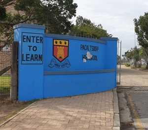 Hoërskool Pacaltsdorp sluit dalk môre vir ontsmetting van perseel