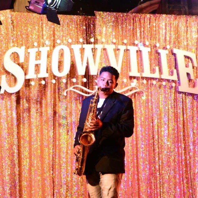 Showville rocks Mossel Bay