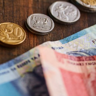 NSFAS apologises, confirms R350 grant will not affect funding