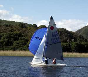 Sunny conditions delight sailors