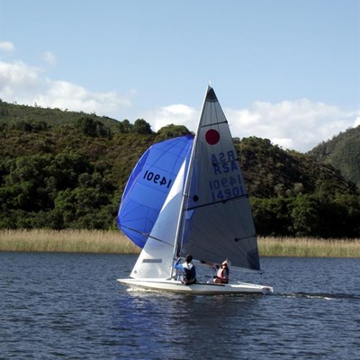 Sunny conditions delight sailors