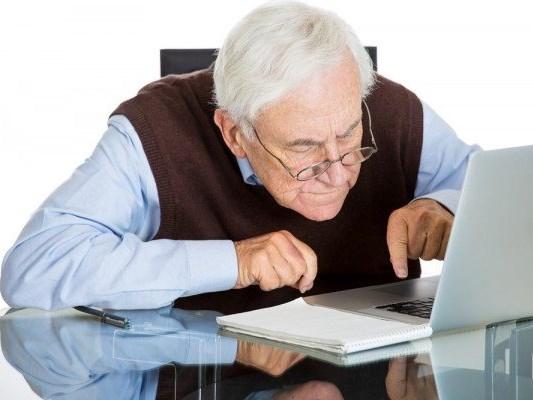 6 tips for seniors using the internet