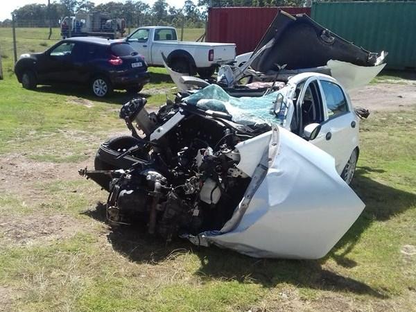 2 die after driver veers into bus