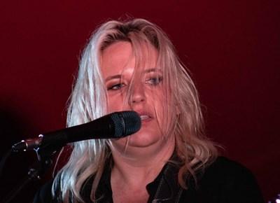 Karen Zoid rocks Knysna