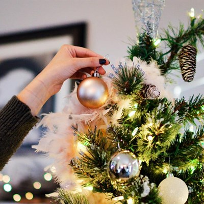 Tips for selling a home over the December holidays