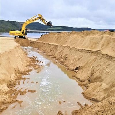 Little Brak River estuary breached