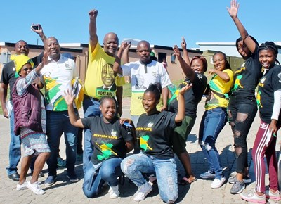 Deputy Finance Minister visits youth of Mossel Bay