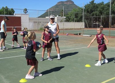 Netball coaching clinic at Laer Volkskool