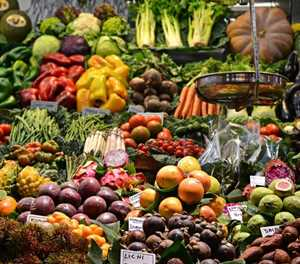 SA retailers commit to curb food waste