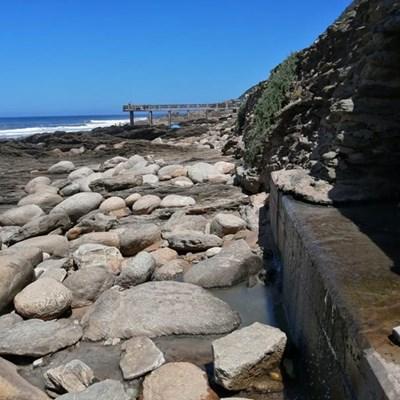Sewage spills at Vic Bay 'an embarrassment'