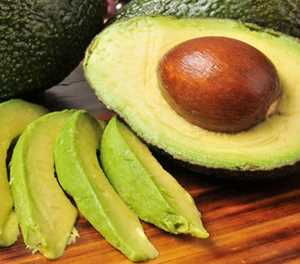 10 reasons to eat more avocados
