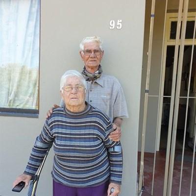 Groentetuinmaker en gade verhuis ná 54 jaar