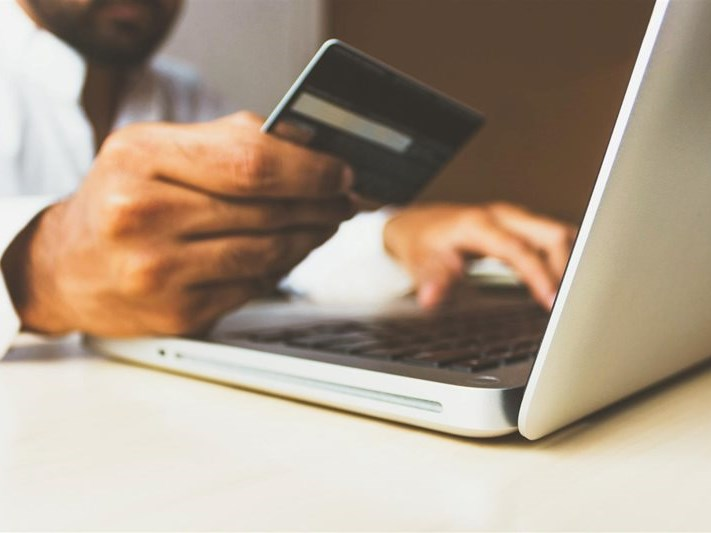 Much-needed online shopping competitor launched
