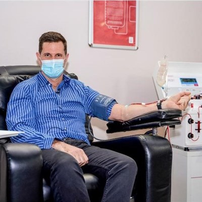 SANBS CEO donates Covid-19 convalescent plasma and calls on others to donate too