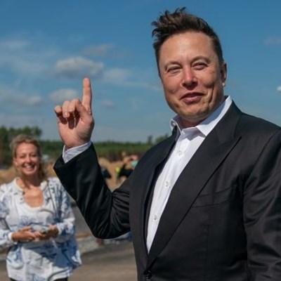 Elon Musk's magic continues as bitcoin nears $50,000