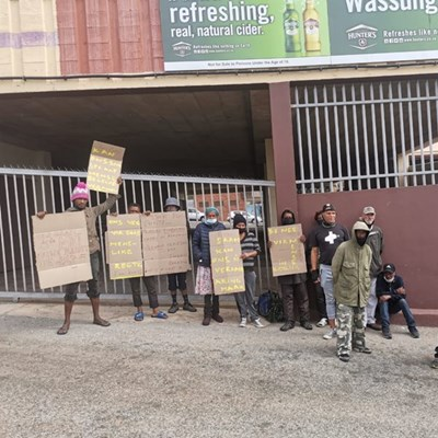 Homeless people protest in front of Mossel Bay shelter