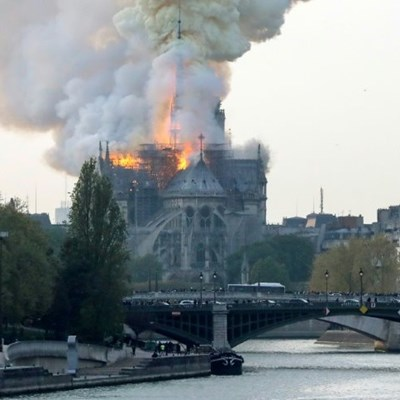 Tears and shock as Notre-Dame burns