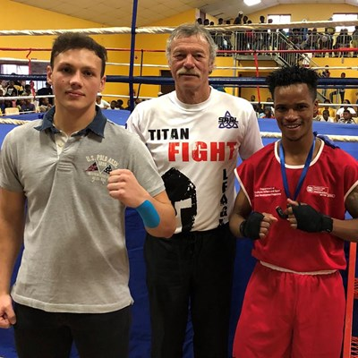 Divinus boxers go for gold