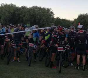 36One-bergfietsren spring weg op Oudtshoorn