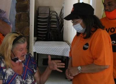 Aunty Pat visits Rosemoor Service Centre