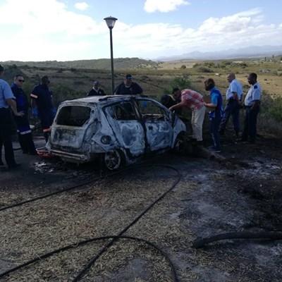 Liggaam in voertuig op brandtoneel gevind