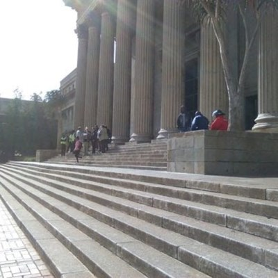 Wits closes health sciences faculty after student comes into contact with Covid-19 patient