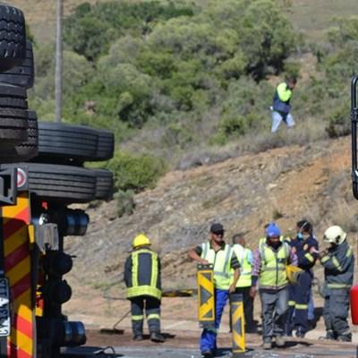 N2 ongeluk: Stop-en-ry in plek