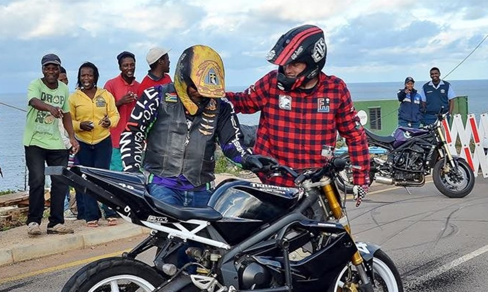 Joe Slovo touched by bikers