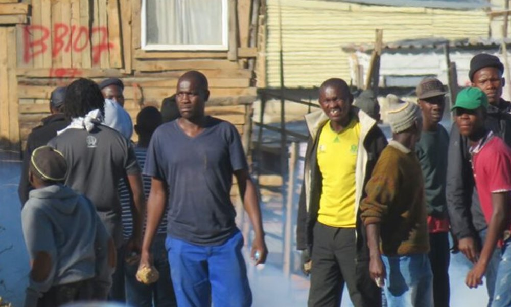Thembalethu resident protest