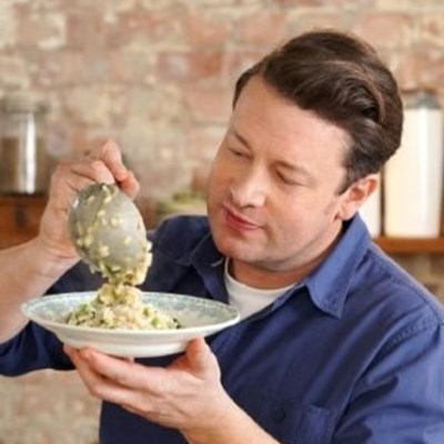 Chef Jamie Oliver shows us the easiest risotto recipe to try