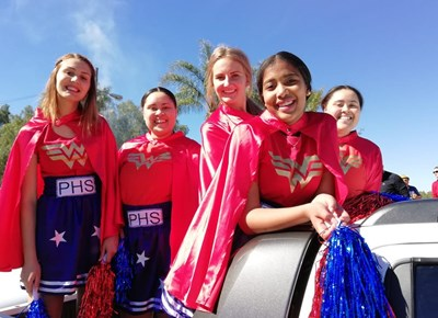 Punt Hoërskool speel sport teen Langehoven Gimnasium