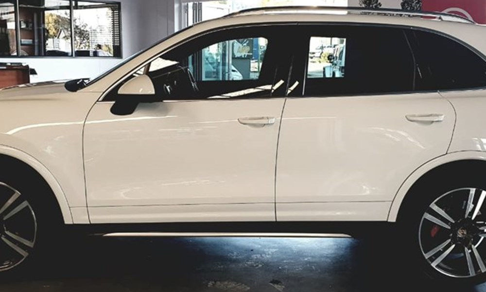York Auto | Pick of the Week | 2014 Porche Cayenne Turbo Tiptronic
