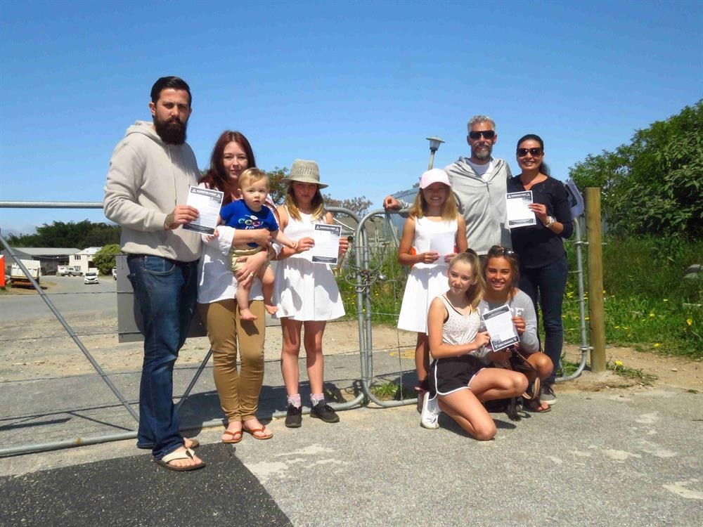 Sandpiper Road petition 'gaining momentum'