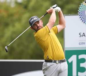 Oosthuizen still SA's top-ranked golfer