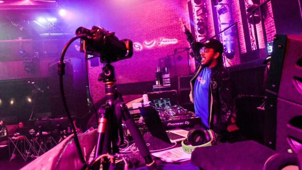 Social dis-dance: clubbing goes online as virus shuts nightspots
