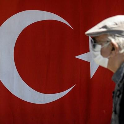 Turkey's Erdogan searching for ways to save economy