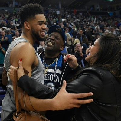 NBA star Towns' mother dies of Covid-19